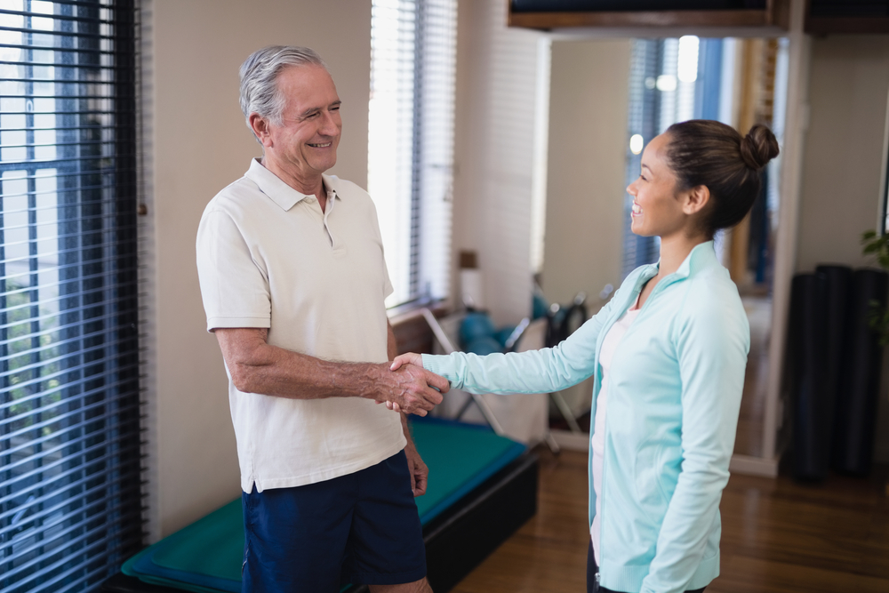 what to expect at your first physical therapy appointment - feature image