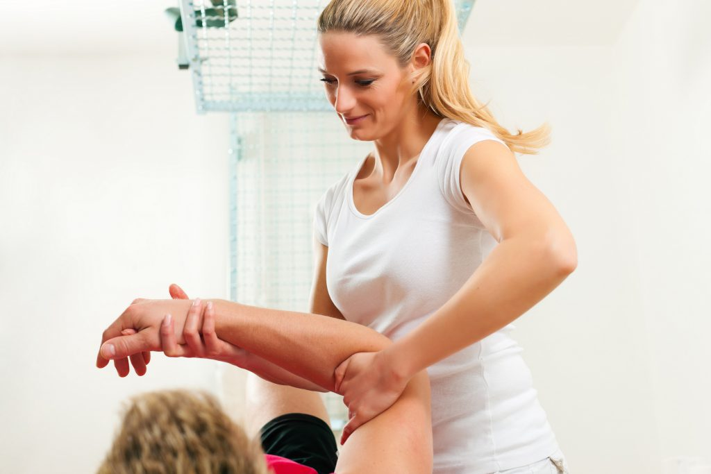 elbow pain - tennis elbow